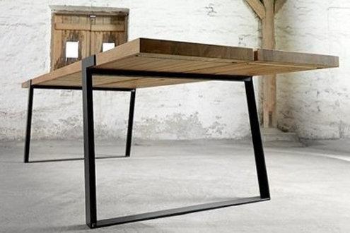 Design Esstisch JULIA aus Massivholz