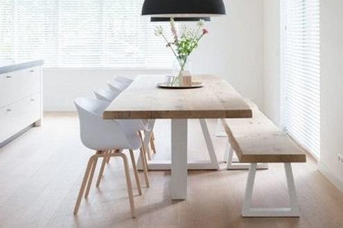 Design Esstisch STELLA aus Massivholz