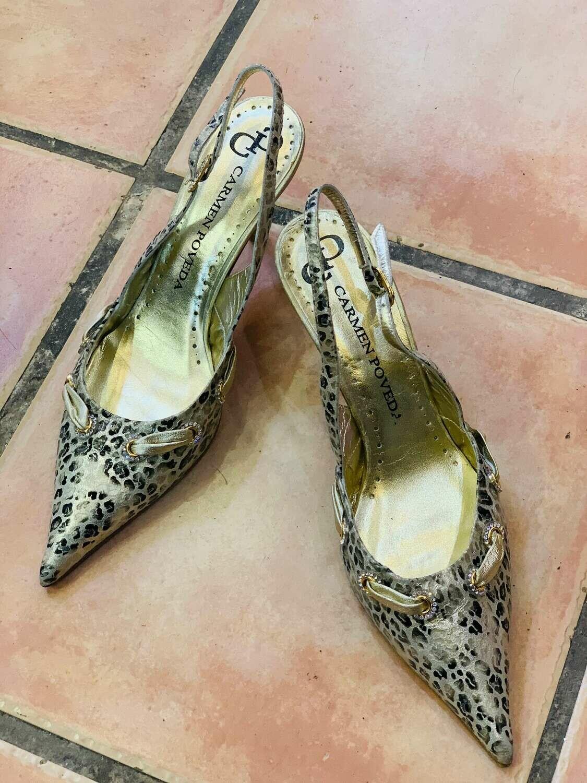 Sandalia de punta fina CARMEN POVEDA talla 39