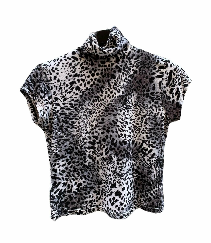Camiseta cuello alto animal print