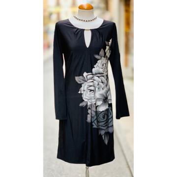 Vestido de manga larga con maxi flores