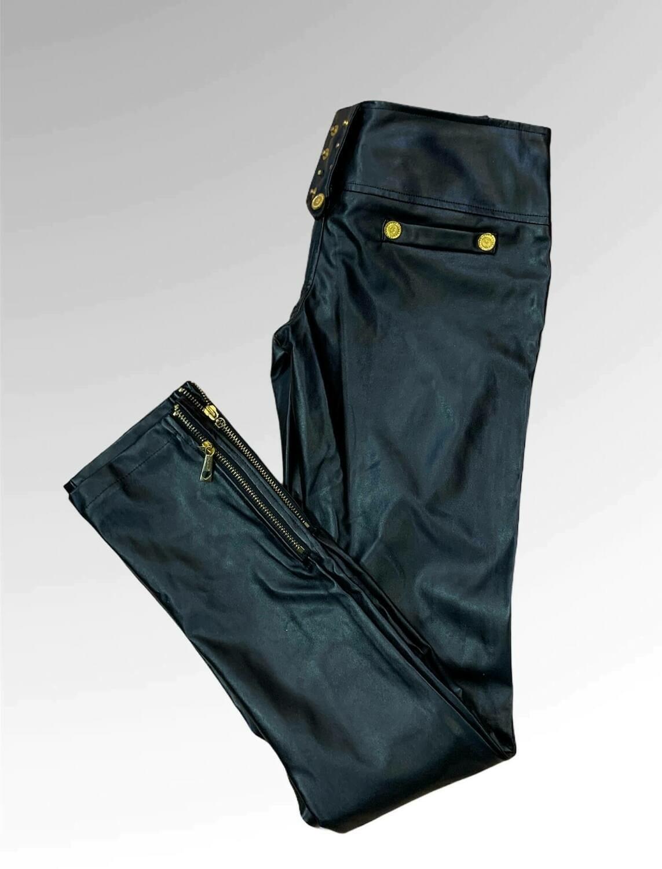 Pantalón eco-piel tiro súper bajo
