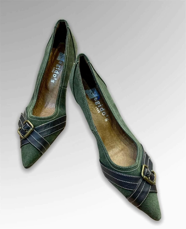 Zapatos de tacón de punta con hebilla T36