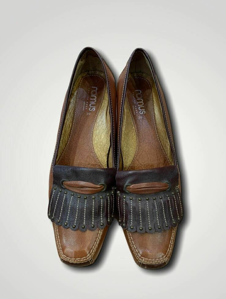 Zapatos bajitos de piel T39