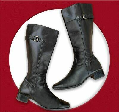 Botas de caña alta de piel con punta cuadrada T39