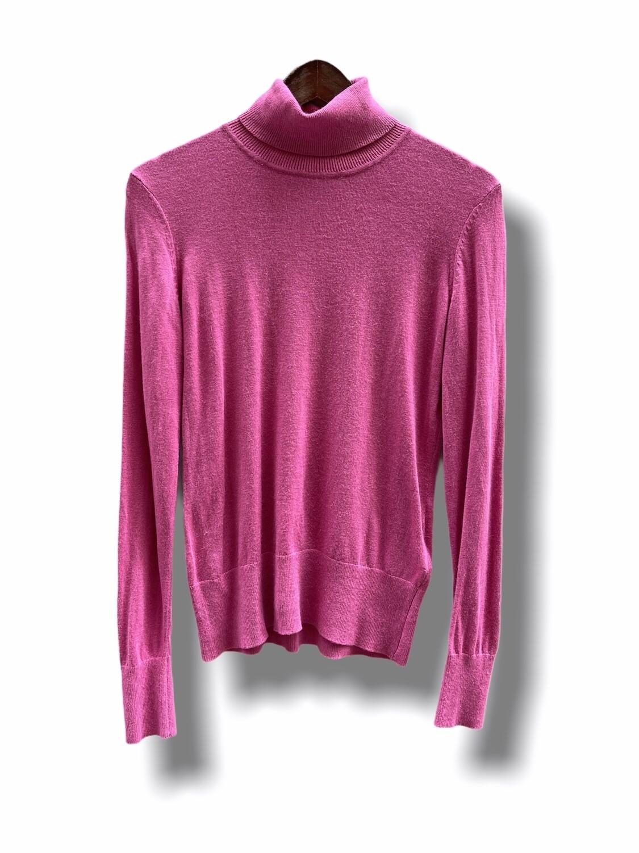 Sweater de cuello alto rosa chicle