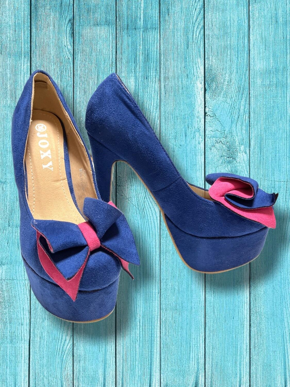 Zapatos de tacón con plataforma y lacito T36