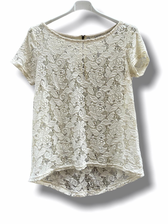 Camiseta de manga corta de encaje crudo