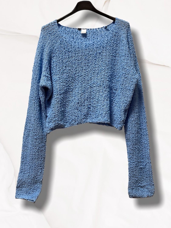 Sweater finito cortito