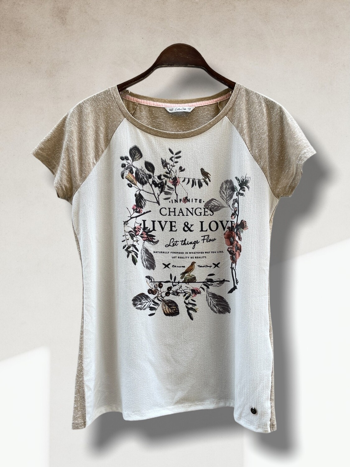 "Camiseta de manga corta ""LET THINGS FLOW"""