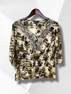 *NEW** Camiseta elástica con mini chorreras