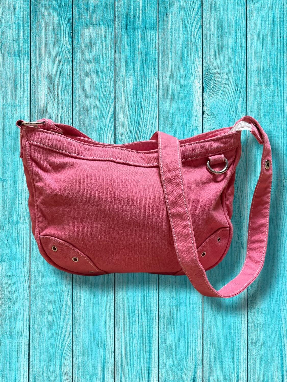 Bolso de hombro de tela rosa