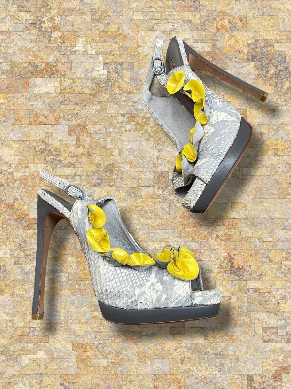 "Zapatos de tacón de serpiente ""BUFFALO LONDON"" T40"