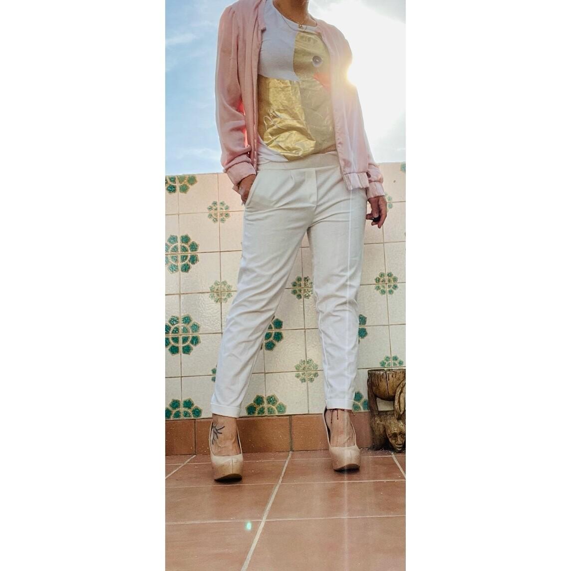 Pantalón pinzado blanco