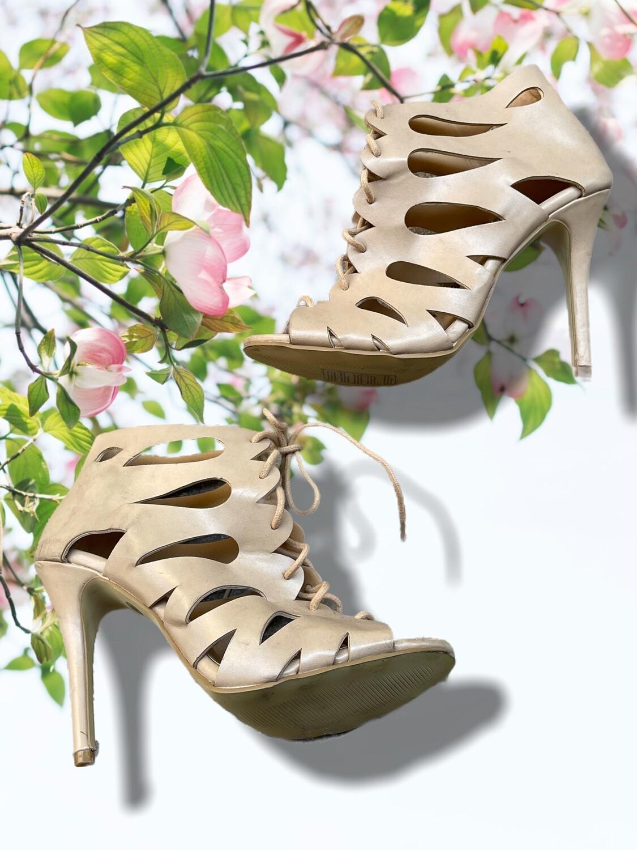 Zapatos de tacón tipo botín abierto T40/41