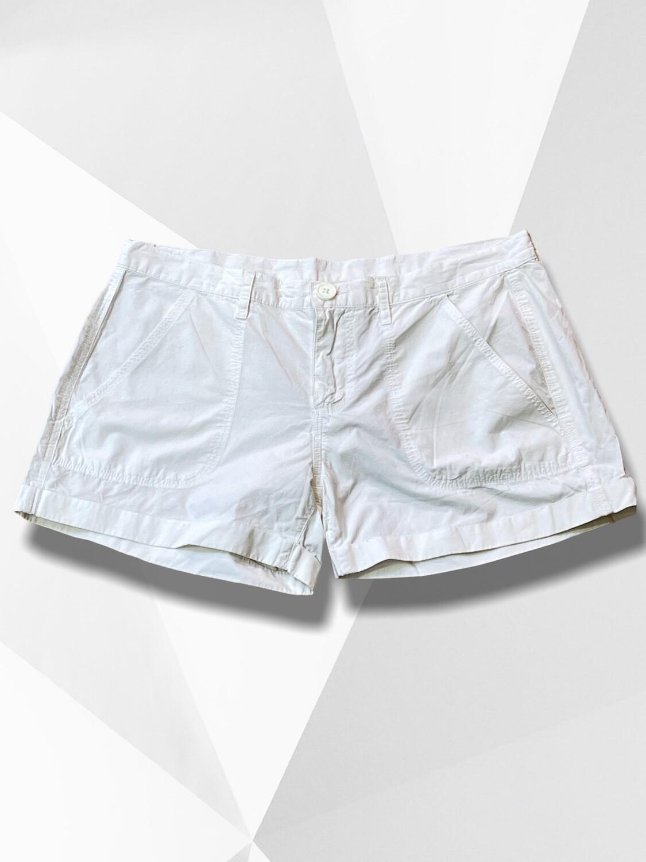 Short sueltito blanco Talla M