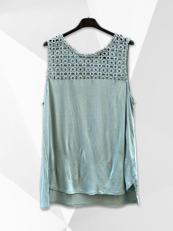 *NEW* Camiseta sin mangas con frente caladito