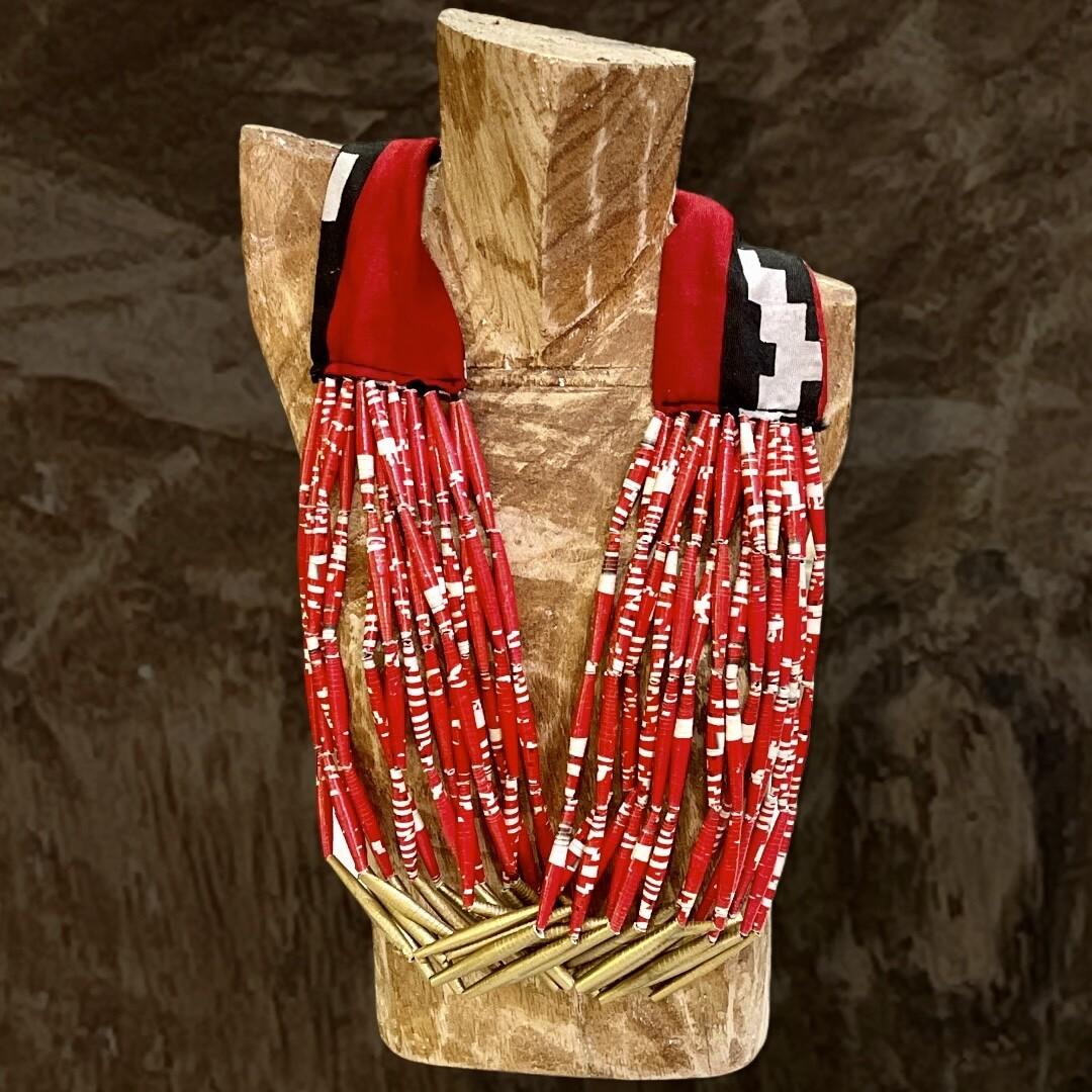 *NEW* Collar de tela y canutillos de papel