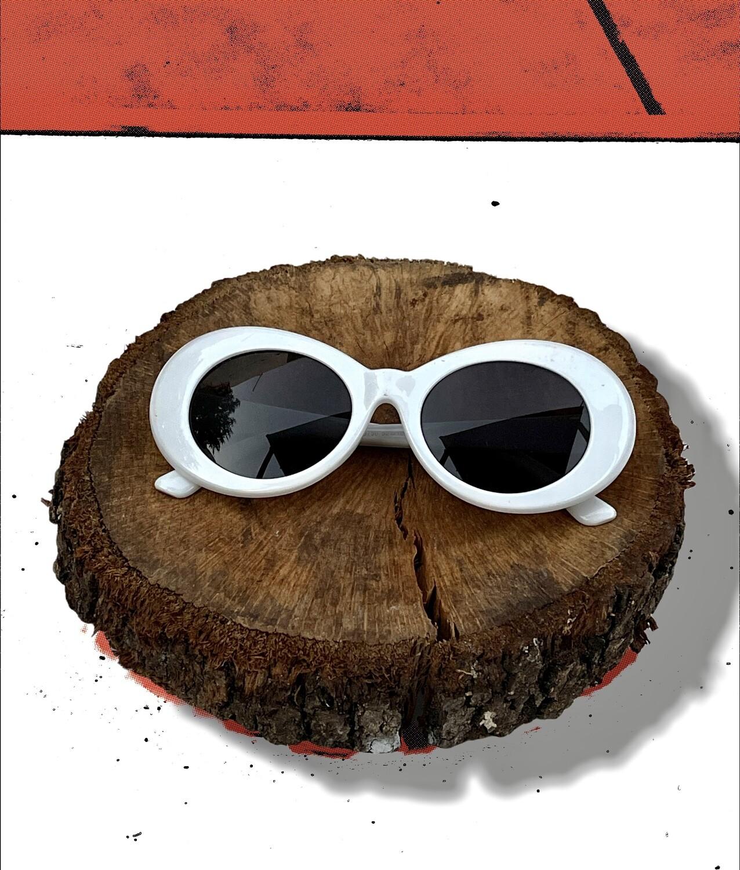 *NEW* Gafas de sol vintage blancas