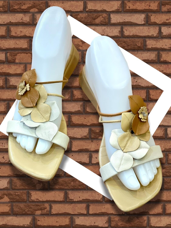 **HOY** Sandalias de piel URSULA MASCARÓ T38