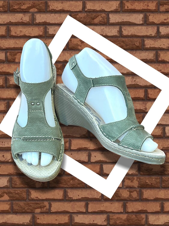 **NEW** Sandalias de piel ON FOOT T37