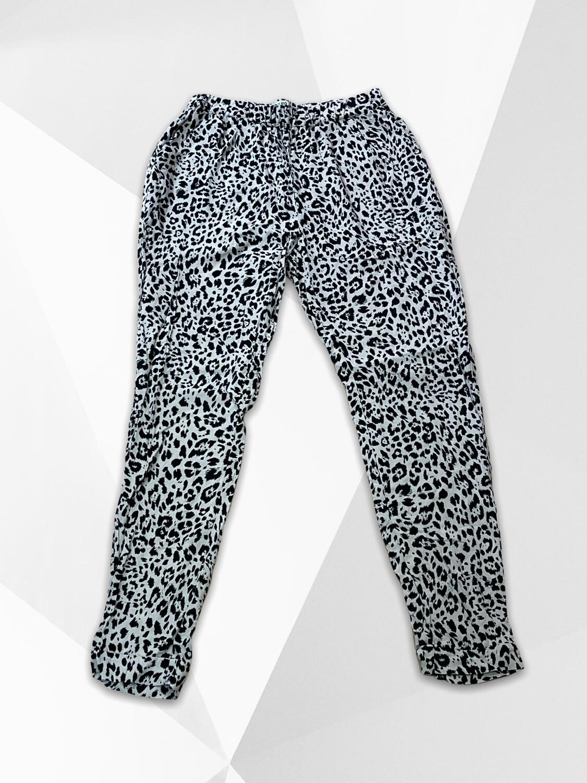 Pantalón sueltito bombacho de leopardo Talla S