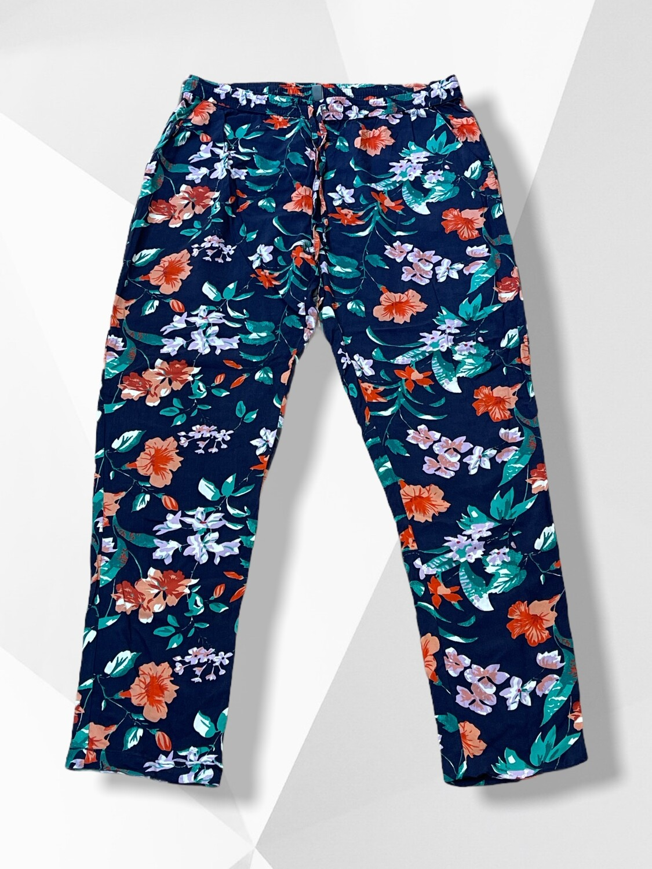 Pantalon sueltito de flores T44