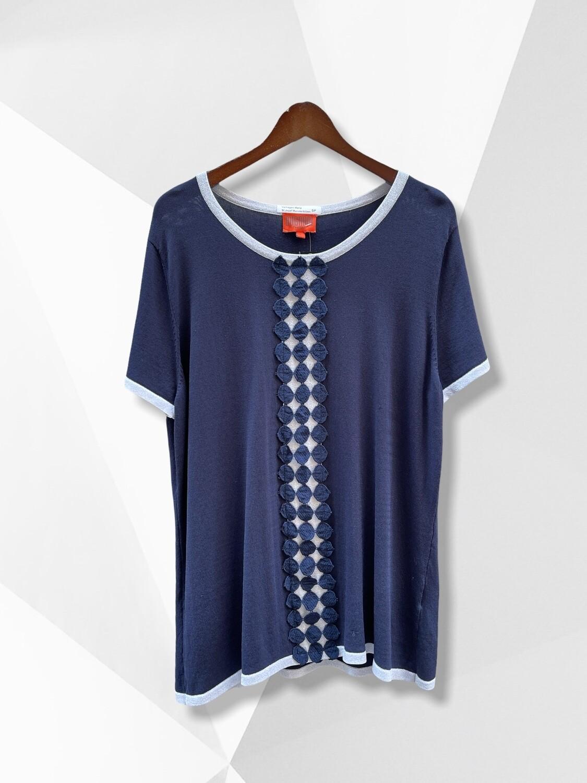 Camiseta/sweater de manga con ribete plata