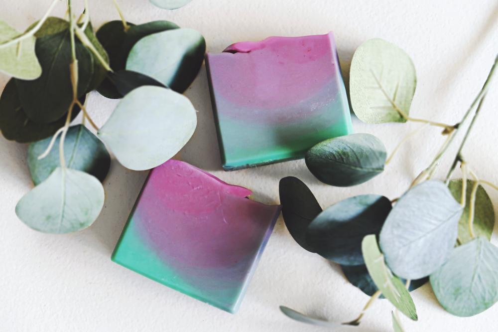 GARDEN WALK lavender mint rosemary essential oils ombre