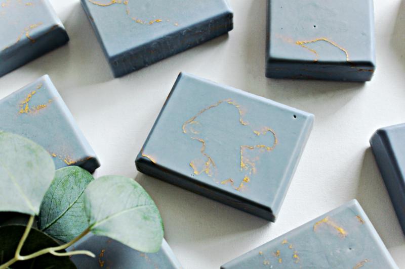 SPRING SHOWERS gold marble lavender lemon essential oils