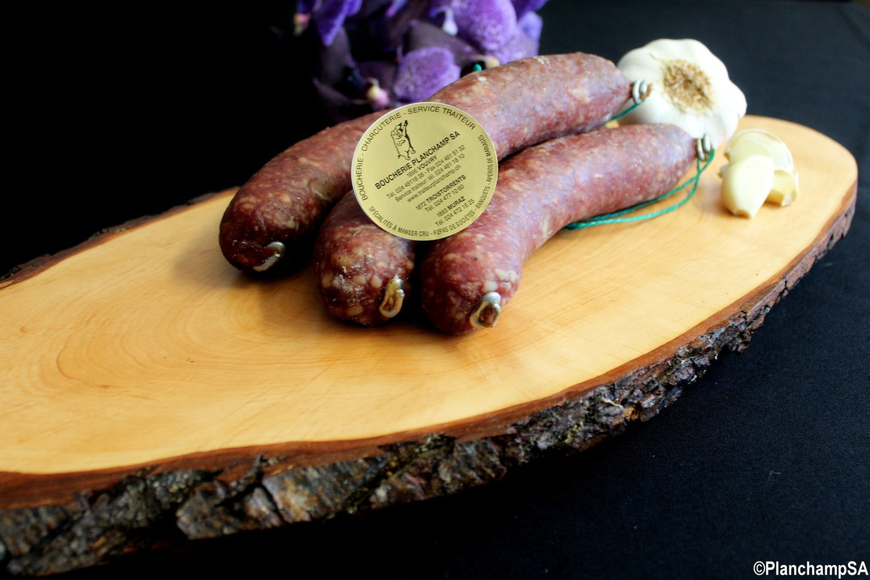 Saucisse crue de porc à l'ail Labellisé Marque Valais