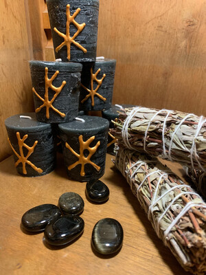 Kit rituel «lune noire» avec bougie à l'oppoponax avec sigil de la nuit et libération des ombres, sauge officinale et obsidienne dorée