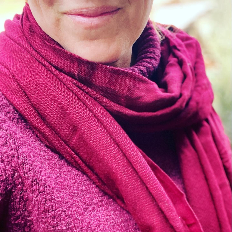 Pachmina 100% cachemire pour le Nepal couleur pourpre