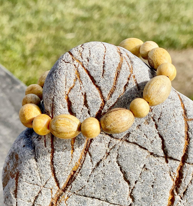 Bracelet Palo santo avec perles diverses (commerce équitable)