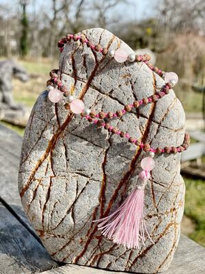 Mala avec perle de rudraksha et quartz rose