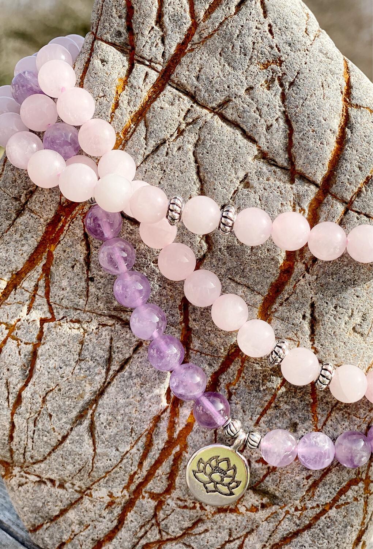 Mala de quartz rose et amethyste sur élastique