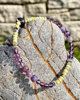Bracelet «Ostara no 14 » avec amethyste et lizardite pour les énergies de l'équinoxe de printemps