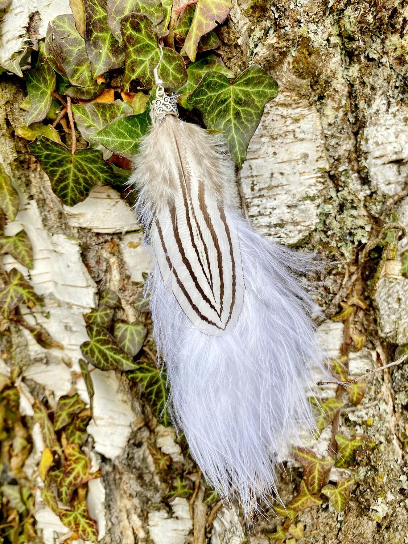 Boucle d'oreille en plumes avec fermoir en argent 925 « Ma douceur sauvage »