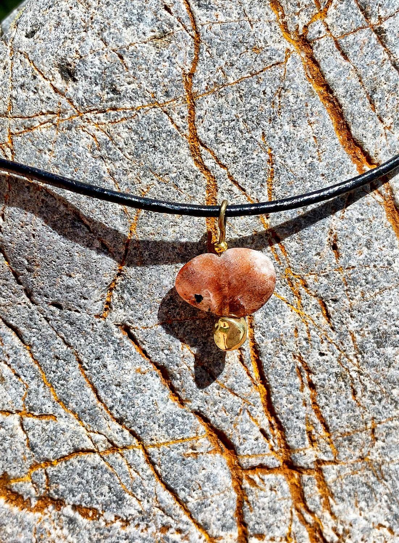 Bijoux de la collection «pépite» pour Litha avec Pierre du soleil
