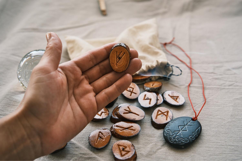 Cycle de runes en 25 semaines / débute le 20 septembre