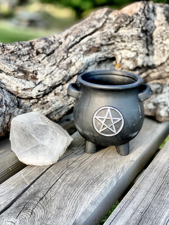 Chaudron avec pentagramme (ne résiste pas à la chaleur)