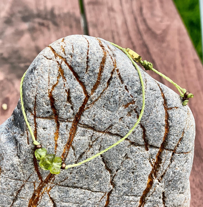 Bracelet «connection à la nature» en péridot