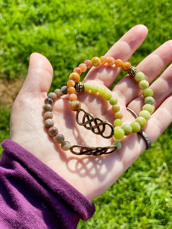 Bracelets pour couple «guérison de la Lune et du soleil» avec pierre de lune noire et pierre du soleil ainsi que serpentine sur les deux, 2 pièces