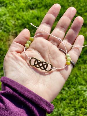 Bracelet adaptable «reliance à mon âme pour guérir» avec serpentine et entrelacs celtique