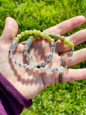 Bracelets pour couple «Me transformer à travers toi» avec serpentine et quartz tourmaline, 2 pièces
