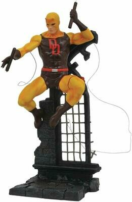 DIAMOND SELECT TOYS Marvel Gallery: Yellow Daredevil PVC Figure