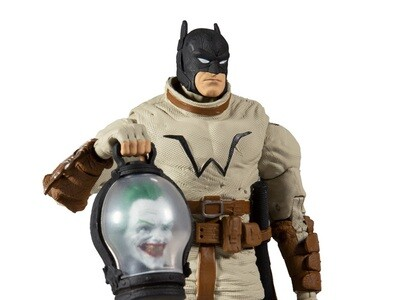 Last Knight on Earth DC Multiverse Batman (Collect to Build: Bane)