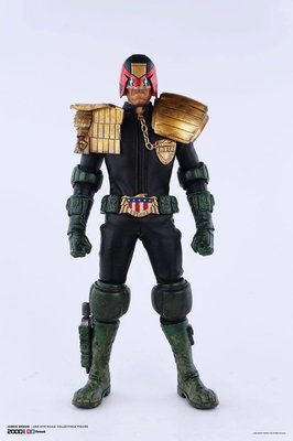 Judge Dredd  2000 AD   Action Figure 1/6   31 cm