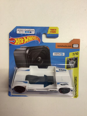 Hot wheels miniatures Zoom in works with Go Pro
