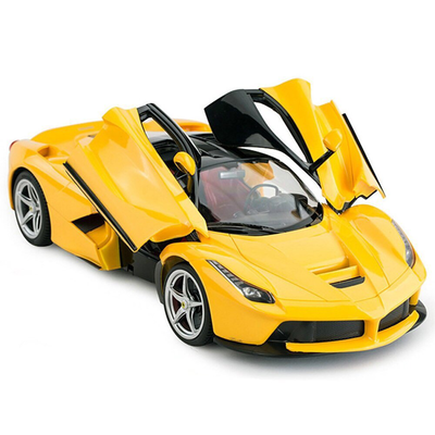 A key open the door 1.8 scale remote control car red or yellow